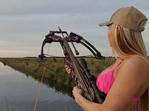 Crossbow fishing shooting fish with a crossbow for Fishing crossbow pistol